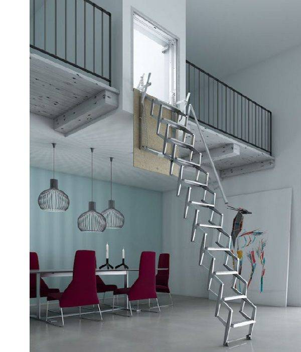 Escaleras de interior plegables Flexa Pared