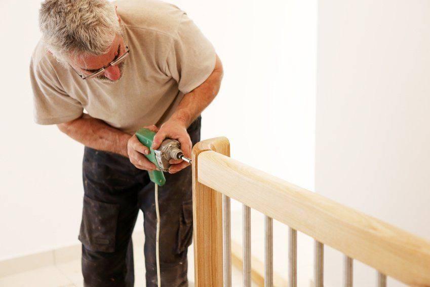 Todo lo que necesitas para montar tus barandillas - Escaleras Idealkit.es
