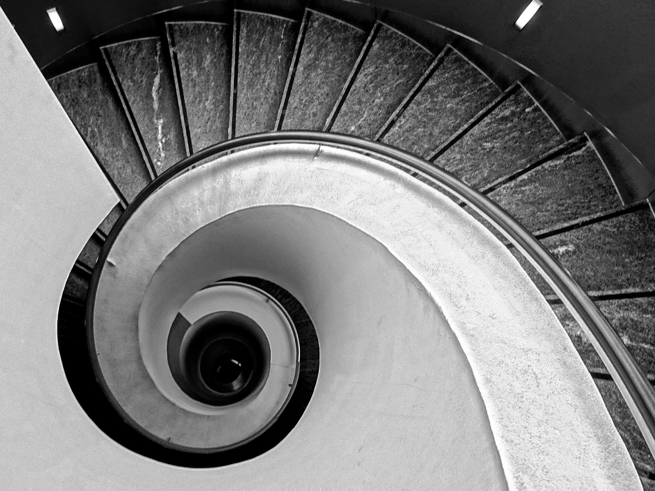 Top de escaleras en caracol